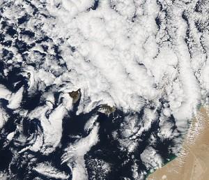20130203_Canary_Islands.2013035.aqua.1km