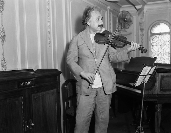 Einstein violin